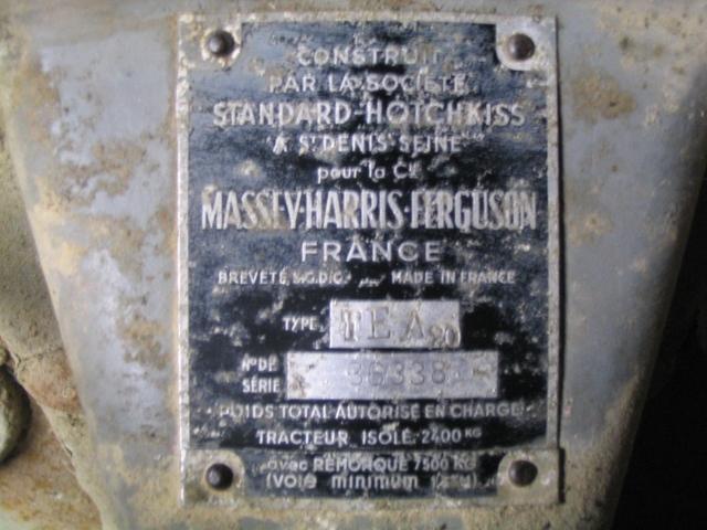 Recherche photo plaque constructeur massey harris ferguson for Recherche constructeur