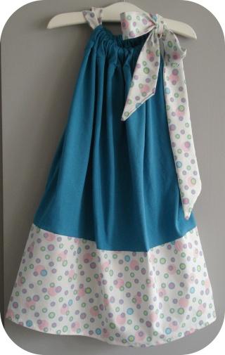robes de mode patron robe d 39 ete facile a faire. Black Bedroom Furniture Sets. Home Design Ideas