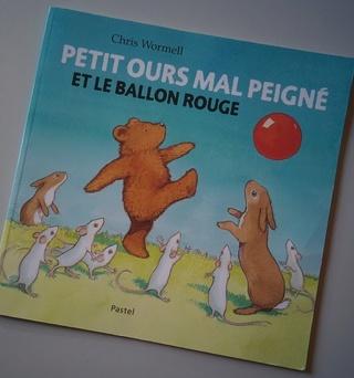 """""""Petit ours mal peigné et le ballon rouge"""""""