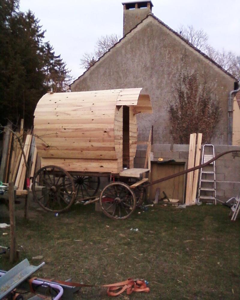 construction d 39 une roulotte. Black Bedroom Furniture Sets. Home Design Ideas