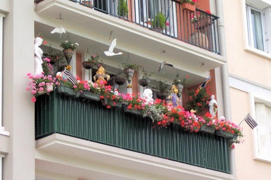 Balcon comment l 39 am nager for Amenager un balcon en longueur