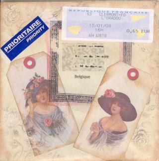 Un mail art pour la belgique.. destination Bev' dans carres d'art de_cat11