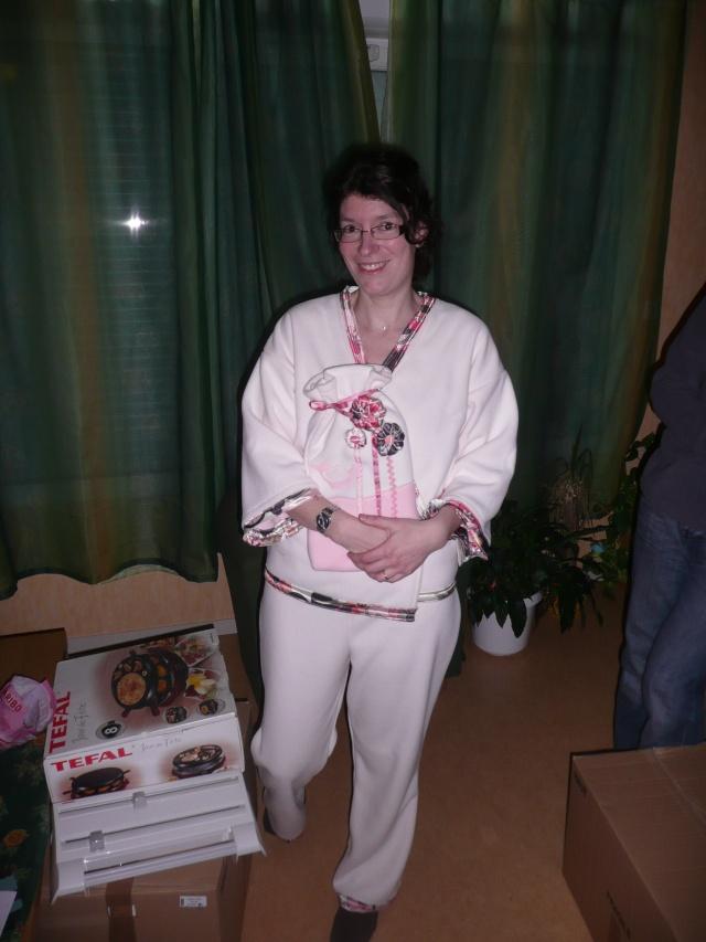 http://i62.servimg.com/u/f62/12/92/27/92/cadeau15.jpg
