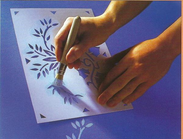 D corer au pochoir for Pochoir a peindre sur mur