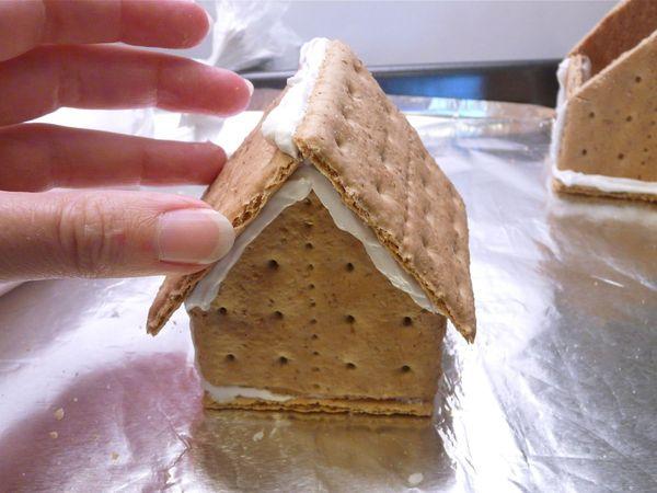 Домик из печенья пошагово