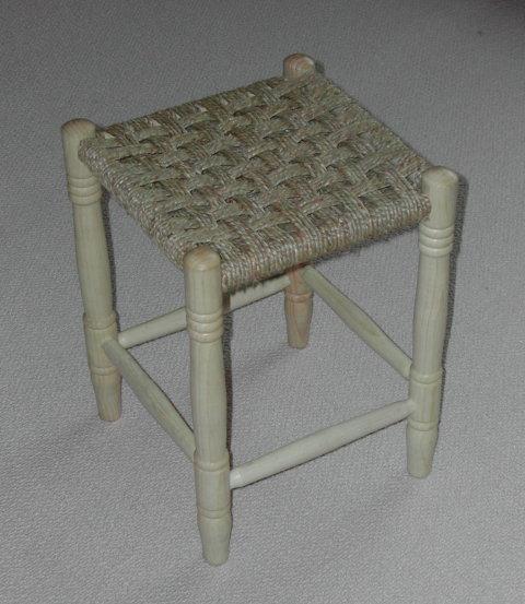 stool110.jpg