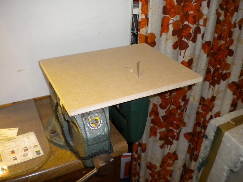 scie sauteuse transform e en scie a chantourner. Black Bedroom Furniture Sets. Home Design Ideas