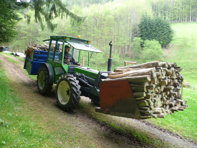 recherche tracteur pour aller faire du bois de chauffage. Black Bedroom Furniture Sets. Home Design Ideas