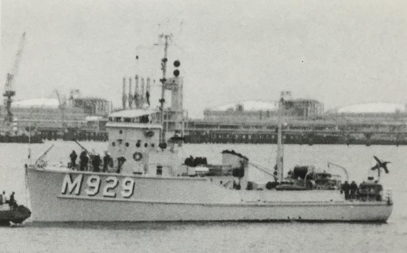 m929-110.jpg