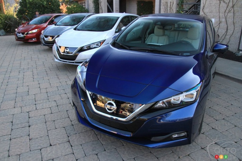 forum automobile propre couleur de la leaf 2 nissan leaf forum automobile propre. Black Bedroom Furniture Sets. Home Design Ideas