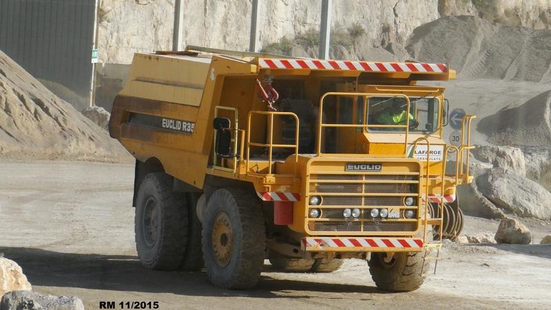 Photos de Camions : Les travaux publics, les transports spéciaux et le levage.