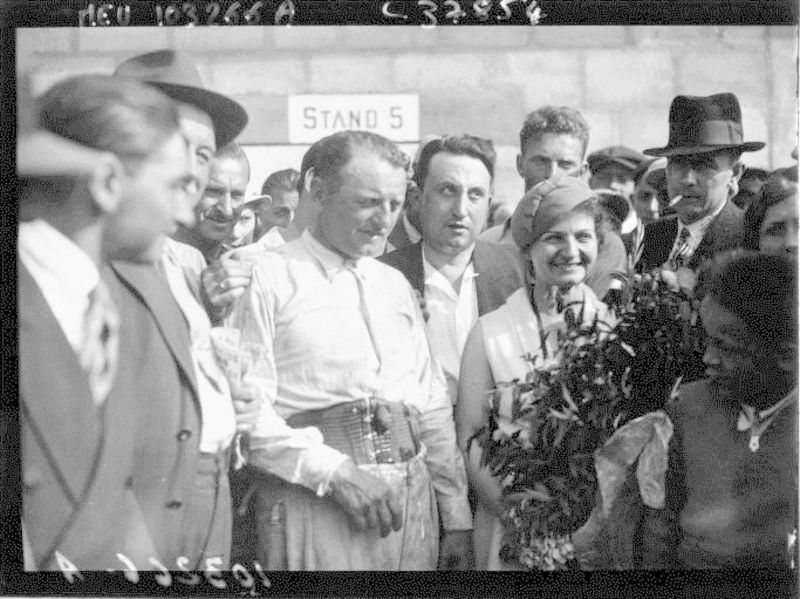 1933_e10.jpg